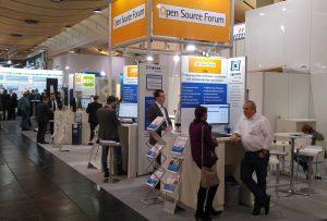 Anlaufstelle für Open-Source-Interessierte auf der Hannover Messe Industrie: das Open Source Forum (in Halle 8, Stand D28)